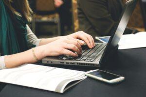 Jak znaleźć dobrze płatna pracę